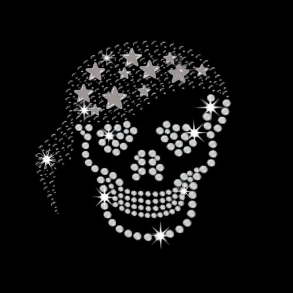 Piratenkopf mit Sternen