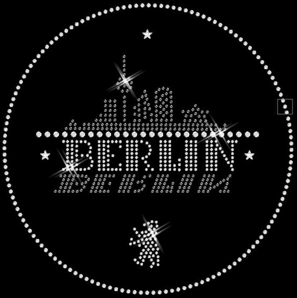 Strassmotiv - Berlin Skyline